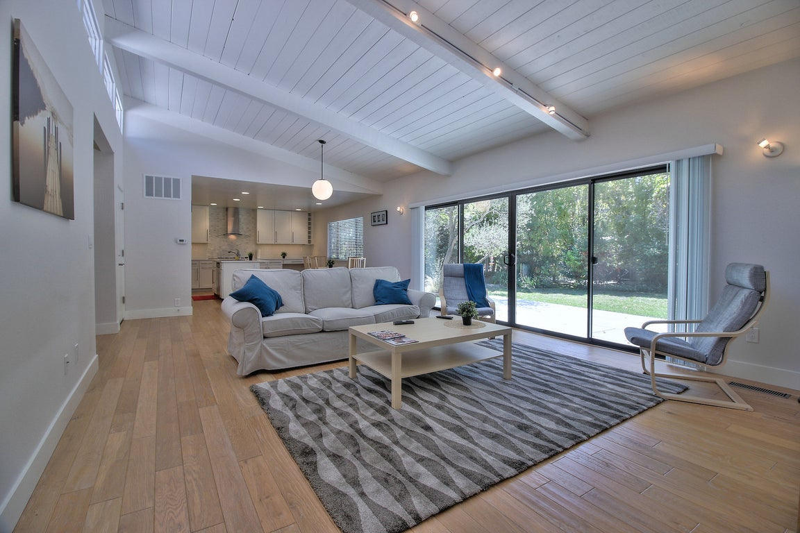 Menlo Park Home with Backyard and Trees for $232/night ...