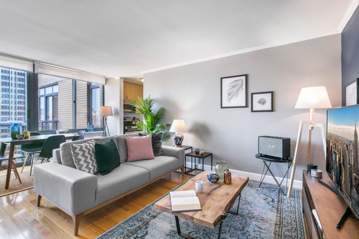 Radiant Times Square 1br W Indoor Pool Doorman For 204 Night